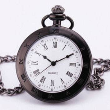 Baroque Luxury Classic Nautical Antique Classic Polished Roman Black Pocket Watch Pendant Embossed Glass Chain Clock Box TD025