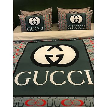 Louis Vuitton Comfortable GUCCI VERSACE 2 Pillows Shams 4 PC Bedding Set Conditioning Throw Blanket   Quilt For Bedroom Living Rooms Sofa