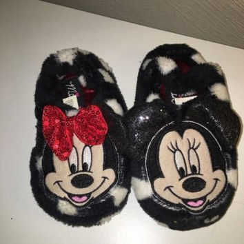 Minnie Mouse Slippers, Size Med 7/8