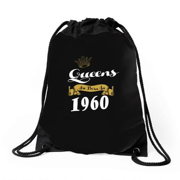 queens are born in 1960 Drawstring Bags