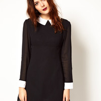 Pop Boutique Dress with Contrast Collar and Cuffs