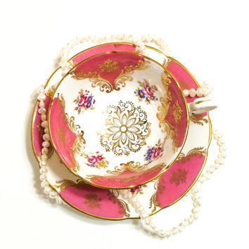 Paragon Tea Cup and Saucer, Pink Tea Cup, Lacy Gold Medallions, English Bone China, 1950s, Vintage