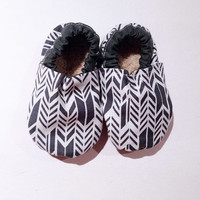 Feathers Bootie, Gray/White Feathers, Modern, Baby, Infant, Toddler, Walker shoes, Bootie, Walker, Shoes, Baby Boy, Baby girl,