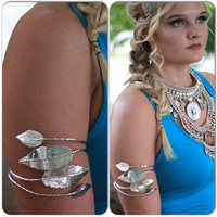 Hippie chic leaf arm band, Bohemian gypsy arm cuff, Boho jewelry, Summer music festival silver Jewelry, Modern hippie, True rebel clothing