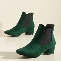 Get Up and Go-Go Bootie in Pine