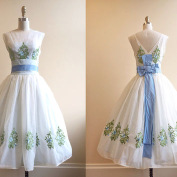 R E S E R V E D 1950s Dress - Vintage 50s Dress - White Embroidered Floral Illusion Wedding Party Dress M - Icing on the Cake