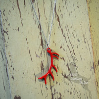 Elk Antler Necklace Cherry Red / Antler Necklaces