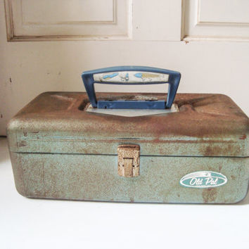 Vintage Old Pal Rustic Tackle Box, Blue Gray Metal Fishing Box, Distressed Fishing Supply Box, Rustic Decor, Photo Prop, Rustic Farmhouse