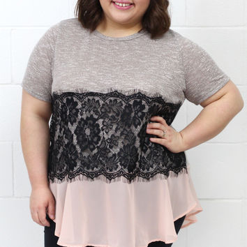 Curvy: Just Lace-ing Around Short Sleeve Knit {Blush}
