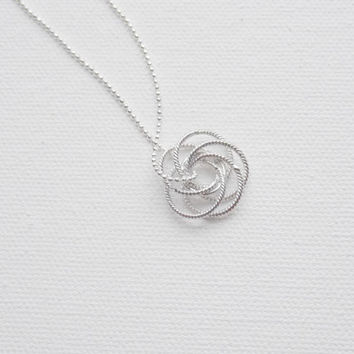 Knot Necklace, Minimalist necklace, Simple Jewelry, Pendant Necklaces