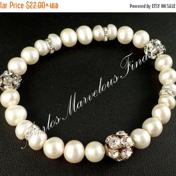 White Pearl & Rhinestone Bracelet, Pearl Bridal Bracelet Bridesmaids Bracelet Flower Girl, June Birthstone Gift, Graduation Gift for Mom