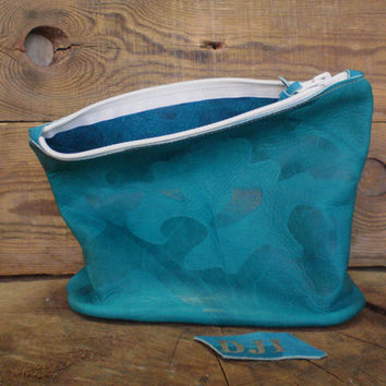 Bridesmaids gift, Woman cosmetic set, Personalized toiletry case, Wedding, Every day bag, Blue leather, Makeup, Hairdresser, Travel bag