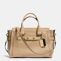 COACHswaggerin colorblock leather