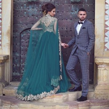 Elegant Arabic Green Long Evening Dresses 2017 Muslim Abaya Dubai Kaftan Applique Lace Evening Gowns