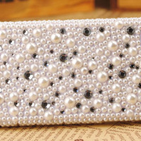 iPhone4 Pearls Crystals Handmade Shell Cover