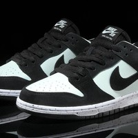 """Nike SB Dunk Low Pro """"Barely Green"""" 854866-003 Size 36-45"""