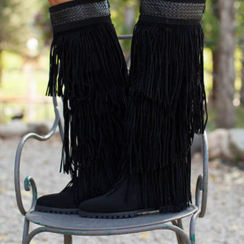 Workin it Fringe Boots Black