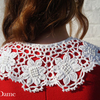 SALE White flowers crochet collar, Knitted collar, Beads collar, Detachable collar, ready to ship