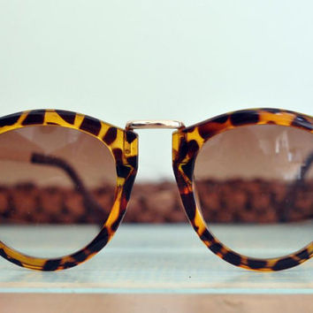 The TORTOISE CAT sunglasses