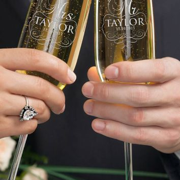 Set of 2, Mr. Mrs. Wedding Champagne Flutes, Personalized Champagne Flute Wedding Favors, Custom Bride and Groom Champagne Glasses #3