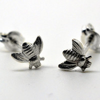 Silver Bee Earrings Sterling Silver Studs Handmade by fifthheaven