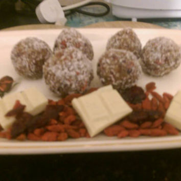 Chocolate protein balls: Healthy organic raw cacao, coconut covered chocolate truffles