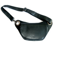 Xmas Sale Elegant Fanny pack in Black Soft leather. Unique  Bum Bag with lateral Bronce rings. Perfect for Daily Life. Perfect for Traveling