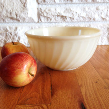 "Fire King Ivory Swirl 8"" Mixing or Serving Bowl"