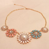 Romantic Flower Design Necklace Europe and America Beads Sun Flower Choker Necklace Women Costume Jewelry