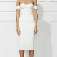 GLAM-UP with this strapless off the shoulder bodycon backless bandage dress
