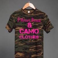 BOWS & CAMO CLOTHES