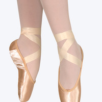 Adult Classic Pointe Shoe