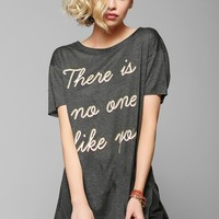 Feather Hearts No One Tee - Urban Outfitters