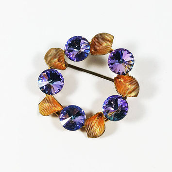 Austrian Crystal Floral Circle Pin, Aurora Borealis Rivoli and Gold Tone Leaf Brooch, Vintage 1950s 1960s 1970s Blue Purple Pink Rhinestones