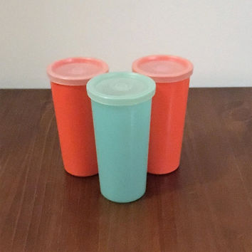Vintage 1960s Tupperware Tumblers and Lids Red and Blue / Retro Plastic Tupperware Cups