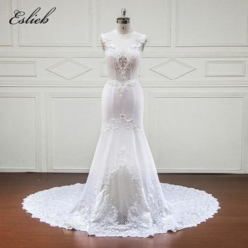 Sexy Illusion Back Mermaid Wedding Dress Lace Appliques Special Design Exquisite Perals Flowers Square Shape Tulle Bridal Gown