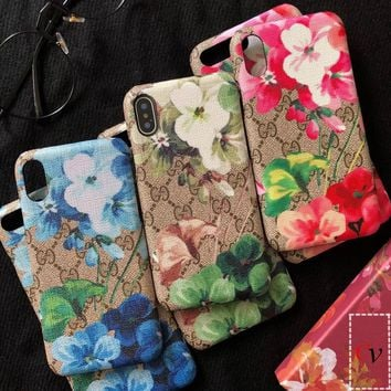 GUCCI GG Blooms print iPhone case