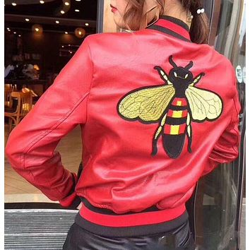 VONE05CZ Gucci Bee embroidered jacket
