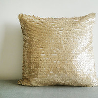 Gold Sequin Pillow Cover in , Gold Holiday Decor , Gold Throw Pillow , Gold Decorative Pillow, Christmas Decor
