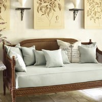 Louis Daybeds