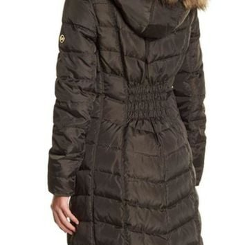 DCCKHB3 MICHAEL Michael Kors | Puffer Quilted Faux Fur Down and Feather Filled Jacket