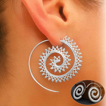 Vintage Women's Silver Plated Round Spiral Tribal Hoop Earrings Piercing Ear Cartilage Helix Piercing Body Piercing Jewelry -03130