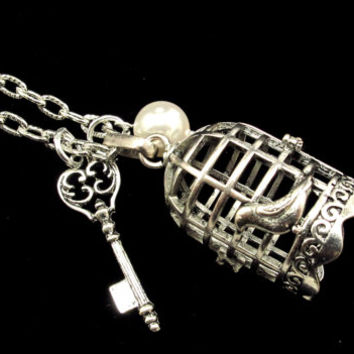 Aromatherapy Necklace - Beautiful Birdcage Locket with Key and Pearl
