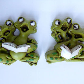 Vintage Singing Frogs Burwood Wall Hangings