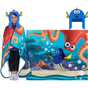 Disney's Finding Dory Cozy Hat and Throw Wrap Set Multicolor