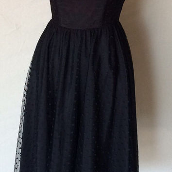 1980s Black Dress - Goth Wedding - Steampunk - Black Dotted Lace Midi Formal - Sweetheart Neckline - Strapless - Prom Wedding - 32 Bust