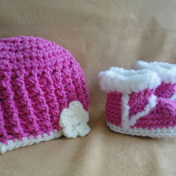 Crochet Baby Booties Baby Hat Newborn Photo Prop Baby Shoes Crochet Booties Baby Girl Booties Baby Gift Set Baby Shoes Baby Shower Gift