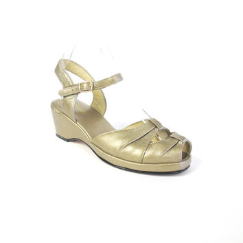 1930s Style Wedges Gold Leather Sandals Strappy Peep Toe Platform Wedges Ankle Strap Heels Vintage Wedding Heels Flapper Shoes Size 8.5