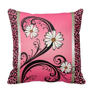 Beautiful Pink Leopard Animal Print Pattern Throw Pillows