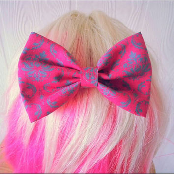 Damask hair bow / damask hairbow / damask print hair bow / fabric bow / damask hair bow clip / damask hair clip / pastel fabric bow